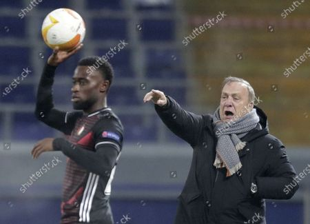 Head coach Dick Advocaat of Feyenoord reacts during the UEFA Europa League soccer match between CSKA Moscow and Feyenoord Rotterdam in Moscow, Russia, 26 November 2020.