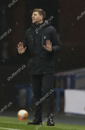 Rangers' manager Steven Gerrard reacts during the UEFA Europa League goup D soccer match between Glasgow Rangers and Benfica Lisbon in Glasgow, Britain, 26 November 2020.