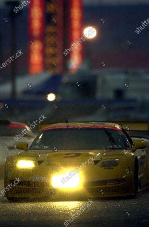 2001 Rolex Daytona 24 Hours Grand Am Series. Daytona International Speedway, Daytona Beach, Florida, USA. 3rd - 4th February 2001. Rd 1.  Johnny O'Connell/Ron Fellows/Chris Kneifel/Franck Freon (Chevrolet Corvette C5-R), 1st position, action.  World Copyright: ?F.Peirce Williams / LAT USA. Ref:  fpw-2vette-storm.jpg