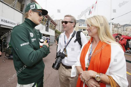 Monte Carlo, Monaco. Sunday 25 May 2014. Marcus Ericsson, Caterham F1, talks with Nina Peterson, the daughter of Ronnie Peterson.  World Copyright: Charles Coates/LAT Photographic.