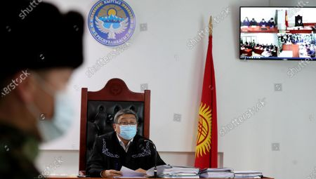Judge Aziret Mederov presides over the events in the village of Koy-Tash in Bishkek, Kyrgyzstan, 27 November 2020. On 07 August 2019, 20 kilometers from Bishkek, in the village of Koy-Tash, the special forces of the State Committee for National Security tried to detain the politician by force in order to bring him for interrogation to the Prosecutor General's Office, as a witness. Almazbek Atambayev is charged with an article on organizing mass riots, the State Committee for National Security of Kyrgyzstan said. Almazbek Atambayev was President of Kyrgyzstan from 2011 to 2017. At the end of June 2019, parliament stripped him of his immunity.