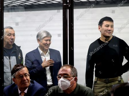 Former President of Kyrgyzstan Almazbek Atambayev(C), former Chief of Staff of the President Farid Niyazov (L), former employee of the Ninth Service of the State Committee for National Security Kanat Sagymbaev (R) at a court hearing in the case of events in the village Koy-Tash in Bishkek, Kyrgyzstan, 27 November 2020. On 07 August 2019, 20 kilometers from Bishkek, in the village of Koy-Tash, the special forces of the State Committee for National Security tried to detain the politician by force in order to bring him for interrogation to the Prosecutor General's Office, as a witness. Almazbek Atambayev is charged with an article on organizing mass riots, the State Committee for National Security of Kyrgyzstan said. Almazbek Atambayev was President of Kyrgyzstan from 2011 to 2017. At the end of June 2019, parliament stripped him of his immunity.