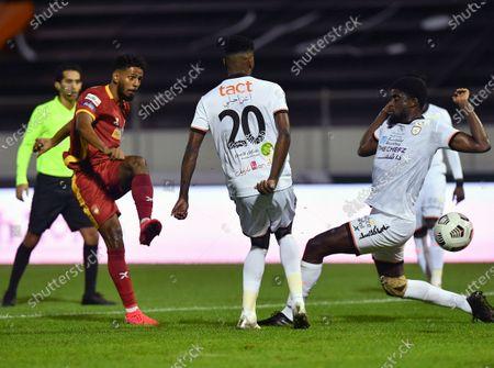 Al-Shabab's players Alfred N'Diaye (R) and Ahmed Sharahili (C) in action against Damac's Abdullah Al-Amar (L) during the Saudi Professional League soccer match between Al-Shabab and Damac at Prince Khalid bin Sultan Stadium, in Riyadh, Saudi Arabia, 27 November 2020.