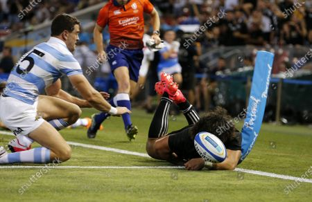 Caleb Clarke of the All Blacks blows a try by going over the touch line during the Tri Nations rugby match between the Argentina Pumas and New Zealand All Blacks at McDonald Jones Stadium in Newcastle, Australia, 28 November 2020.