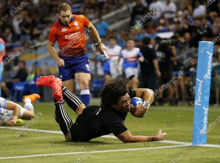 Stock Photo of Caleb Clarke of the All Blacks blows a try during the Tri Nations rugby match between the Argentina Pumas and New Zealand All Blacks at McDonald Jones Stadium in Newcastle, Australia, 28 November 2020.
