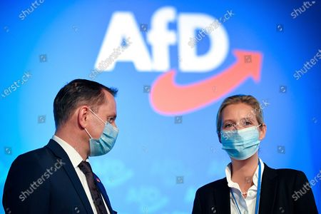 Alice Weidel (R), deputy chairwoman of Germany's right-wing populist Alternative for Germany (AfD) party, arrives for the AfD party convention with 600 delegates attending in Kalkar, Germany, 28 November 2020. Despite the Corona pandemic, the AfD meets for a party conference. The 600 delegates want to adopt a welfare state and pension concept