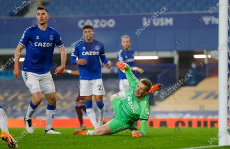 Everton goalkeeper Jordan Pickford (1) saves during the Premier League match between Everton and Leeds United at Goodison Park, Liverpool