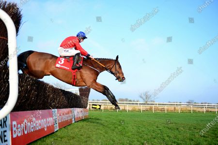 FAIRYHOUSE 29-November-2020. The Baroneracing.com Drinmore Novice Chase (Grade 1) ENVOI ALLEN and Jack Kennedy jumping the 4th fence on way to win for owner Cheveley Park Stud and trainer Gordon Elliott. Healy Racing