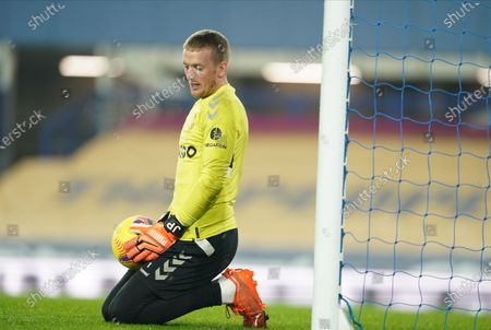 Jordan Pickford of Everton warms up prior to the English Premier League soccer match between Everton FC and Leeds United in Liverpool, Britain, 28 November 2020.
