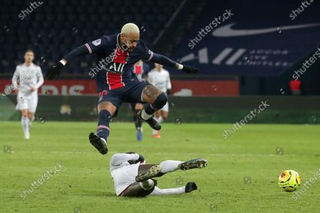 Stock Photo of Paris Saint Germain's Neymar Jr in action against  Youssouf Sabaly of Bordeaux during  the French soccer Ligue 1 match between PSG and Girondins of Bordeaux at the Parc des Princes in Paris, France, 28 November 2020.