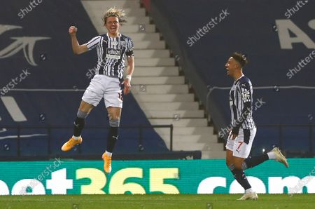 West Bromwich Albion's Conor Gallagher, left, celebrates after scoring his team's first goal during the English Premier League soccer match between West Bromwich Albion and Sheffield United at The Hawthorns in West Bromwich, England