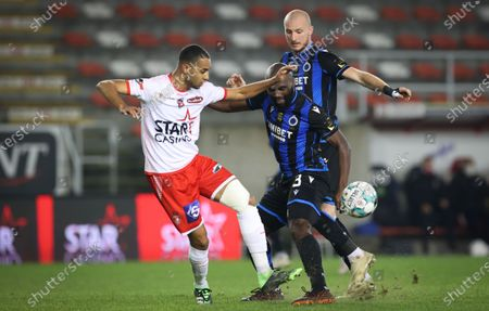 Mouscron's Saad Agouzoul and Club's Eder Balanta the Jupiler Pro League match between Royal Excel Mouscron and Club Brugge KV, Saturday 28 November 2020 in Mouscron, on day 14 of the 'Jupiler Pro League' first division of the Belgian soccer championship.