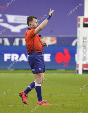 Referee Nigel Owens during his 100th test match.