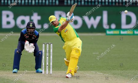 Australia's Aaron Finch bats during the one day international cricket match between India and Australia at the Sydney Cricket Ground in Sydney, Australia