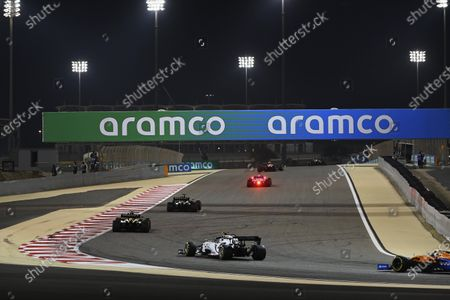 Daniel Ricciardo, Renault R.S.20, leads Esteban Ocon, Renault R.S.20, and Pierre Gasly, AlphaTauri AT01 during the 2020 Formula One Bahrain Grand Prix