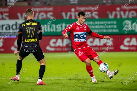 Oostende's Andrew Hjulsager and Kortrijk's Trent Sainsbury fight for the ball during a soccer match between KV Kortrijk and KV Oostende, Sunday 29 November 2020 in Kortrijk, on day 14 of the 'Jupiler Pro League' first division of the Belgian championship.