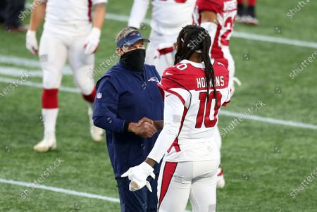 Foxborough, MA, USA; New England Patriots head coach Bill Belichick shake hands with Arizona Cardinals wide receiver DeAndre Hopkins (10) at the conclusion of the NFL game between Arizona Cardinals and New England Patriots at Gillette Stadium