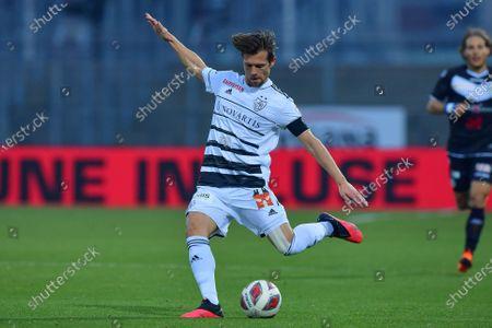 Valentin Stocker (#14 FC Basel 1893) in action