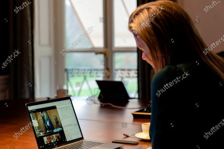 On Monday morning, November 30, Queen Maxima paid a virtual visit in her UN capacity to the upcoming G20 president Italy. She spoke with Prime Minister Giuseppe Conte and Banca d'Italia Governor Ignazio Visco about inclusive finance. Italy will chair the G20 from December 1.