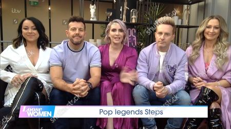 "Stock Image of Claire Richards, Lee Latchford-Evans, Lisa Scott-Lee, Faye Tozer and Ian ""H"" Watkins - Steps"