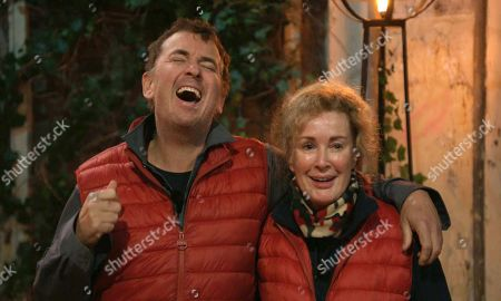 Pub Challenge, Shane and Beverley - Shane Richie and Beverley Callard