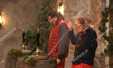 Stock Photo of Pub Challenge, Shane and Beverley - Shane Richie and Beverley Callard