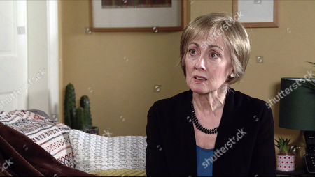 Coronation Street - Ep 10193 Monday 14th December 2020 - 1st Ep Tim Metcalfe and Elaine, as played by Paula Wilcox, decide to see more of each other but Elaine's startled when Tim invites her to move into No.4.