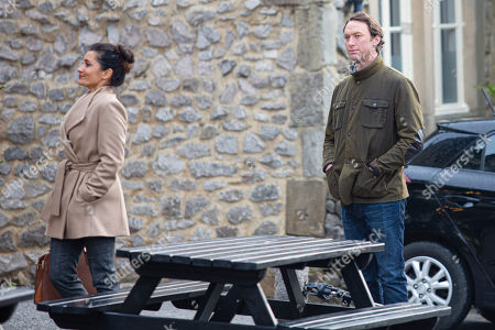 Emmerdale - Ep 8910 Thursday 10th December 2020 - 1st Ep Tracy Metcalfe tries to get Liam Cavanagh, as played by Jonny McPherson, and Leyla Harding, as played by Rokhsaneh Ghawam-Shahidi, back together.