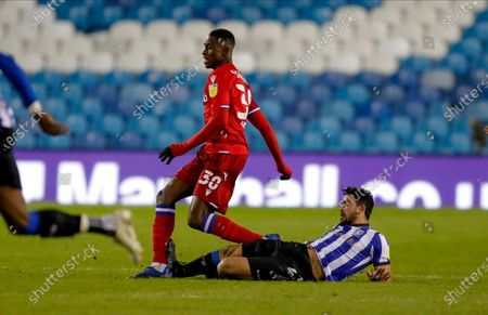 Reading midfielder Alfa Semedo (30) is fouled by  Sheffield Wednesday midfielder Massimo Luongo (21) during the EFL Sky Bet Championship match between Sheffield Wednesday and Reading at Hillsborough, Sheffield