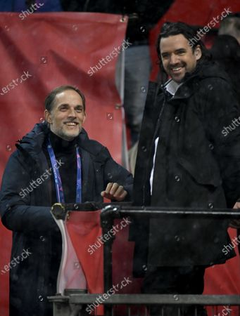 Paris St Germain's coach Thomas Tuchel (L) and former player Owen Hargreaves (R) share a joke ahead of the UEFA Champions League group H match between Manchester United and PSG in Manchester, Britain, 02 December 2020.