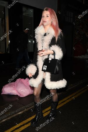 Lottie Moss at The Ivy Restaurant in Chelsea