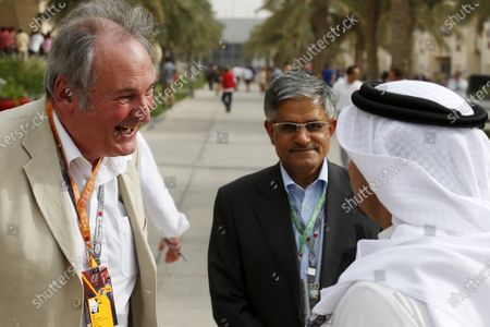 Bahrain International Circuit, Sakhir, Bahrain Saturday 20th April 2013 Richard Noble, Director of the Bloodhound Land Speed Record Project, talks with Crown Prince of Bahrain, Salman bin Hamad bin Isa Al Khalifa in the paddock. World Copyright: Charles Coates/LAT Photographic