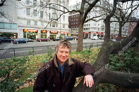 Ecologist Richard Mabey.