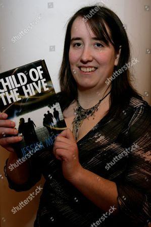 'Child Of The Hive' Jessica Meats Book Promotion, Waterstones, Reading, Britain - 13 Feb 2010 için haber amaçlı görsel