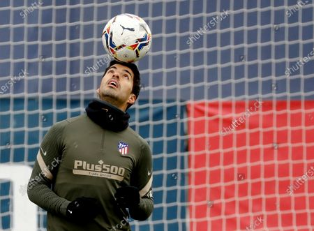 Atletico Madrid's Uruguayan striker Luis Suarez performs during his team's training session at Sports City in Majadahonda, Madrid, Spain, 04 December 2020. Atletico Madrid will face Real Valladolid in their Spanish La Liga soccer match on 05 December 2020.
