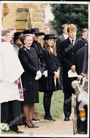 Countess Victoria Spencer Nee Victoria Lockwood Now Mrs Victoria Aitken (january 2005) Funeral Of The Princess Diana ' Father Earl Spencer At The Church Of St Mary The Virgin In Great Brington Northamptonshire. Pictured L-r: Raine Dowager Countess Of Spencer Princess Diana (died 31/8/1997) Victoria Spencer And Charles Now The New Earl Spencer. D_92_014