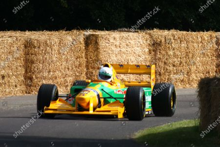 Goodwood Estate, West Sussex. 30th June - 3rd July 2011 A Benetton B192 Ford climbs the hill. Action. World Copyright: Lord Hutton/LAT Photographic