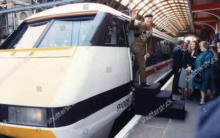 General Sir Peter De La Billiere After Naming Intercity Train 'royal Airforce Regiment' At Kings Cross Station London.