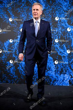Former German President Christian Wulff arrives for the 13th German Sustainability Award 'Deutscher Nachhaltigkeitspreis' 2020 at Maritim Hotel in Duesseldorf, Germany, 04 December 2020.a