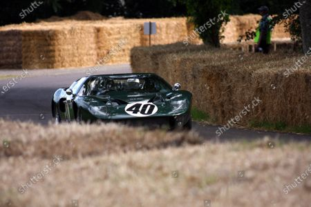 Goodwood Estate, West Sussex. 30th June - 3rd July 2011 A Ford GT40 tackles the hill climb. Action. World Copyright: Lord Hutton/LAT Photographic