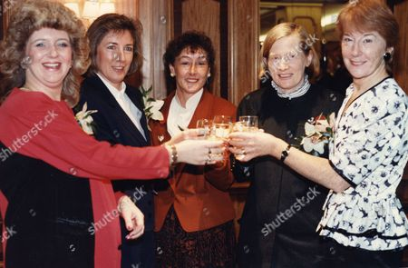 Men Of The Year Awards At The Hilton Hotel London. The Wives Toast Their Husbands. L-r: Ann Chapman (wife Of Paul Chapman Bravery Award) Morag O'brien (wife Of Ron O'brien Parachute Hero) Bernice Dougal (wife Of James Angus Dougal Lifeboatman) Lady De La Billiere (wife Of Sir Peter De La Billiere) Maggie Prestwich (wife Of John Prestwich Disabled Politician)