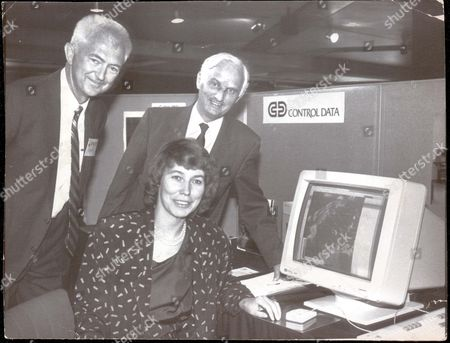 Stock Photo of Virginia Bottomley With Weather Computer And L-r - Dr G. Brian Tucker And John Houghton Virginia Bottomley (now Baroness Bottomley Of Nettlestone)