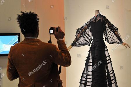 Madeleine Vionnet, Puriste de la Mode Exhibition, Musee Mode et du Textile, Paris.  Curated by Pamela Golbin, designed by Andree Putman.