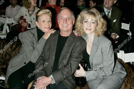 Leba Sedaka, Neil Sedaka and daughter Dara Sedaka