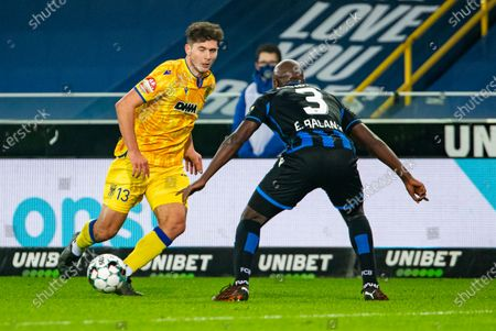 STVV's Liberato Cacace and Club's Eder Balanta fight for the ball during a soccer match between Club Brugge KV and Sint-Truiden VV, Saturday 05 December 2020 in Brugge, on the fifteenth day of the 'Jupiler Pro League' first division of the Belgian championship.