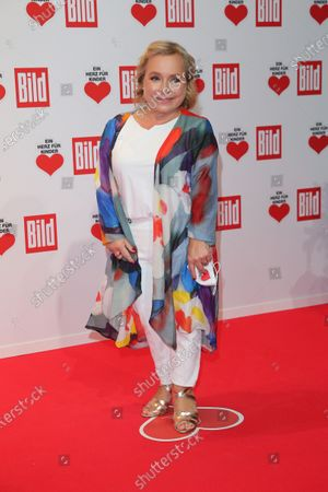 ChrisTine Urspruch arrives for the 'Ein Herz Fuer Kinder' ('A Heart for Chidren') Gala at Studio Berlin Adlershof in Berlin, Germany, 05 December 2020. German television channel ZDF and newspaper 'Bild' collected donations for children's charity organizations in Germany and the whole world.