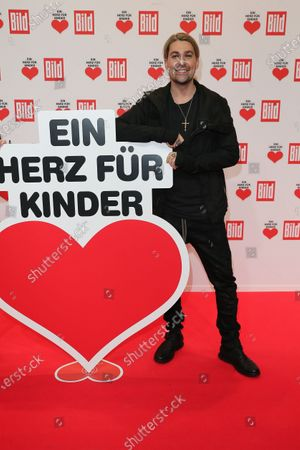 David Garrett arrives for the 'Ein Herz Fuer Kinder' ('A Heart for Chidren') Gala at Studio Berlin Adlershof in Berlin, Germany, 05 December 2020. German television channel ZDF and newspaper 'Bild' collected donations for children's charity organizations in Germany and the whole world.