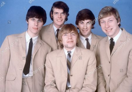 The Yardbirds - Jeff Beck, Paul Samwell-Smith, Keith Relf, Jim McCarty and Chris Dreja