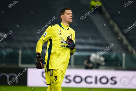 Wojciech Szczesny of Juventus FC during the Serie A match between Juventus FC and FC Torino at Allianz Stadium on December 5 in Turin, Italy.
