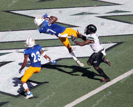 San Jose State Spartans safety Jay Lenard #27 intercepts a pass just before halftime during a game between the Hawaii Rainbow Warriors and the Nevada Wolfpack at Aloha Stadium in Honolulu, HI - Michael Sullivan/CSM